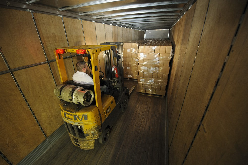 direct-energy-loading-truck-forklift