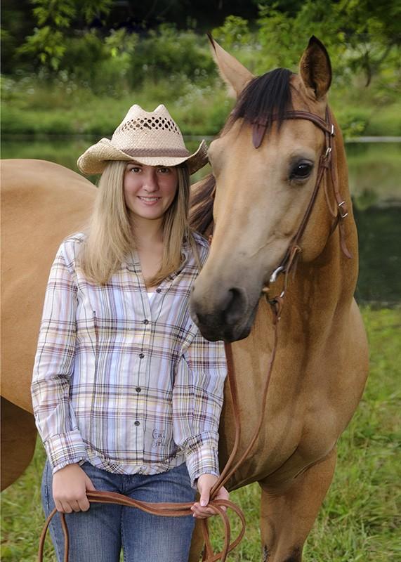 jackson_senior_cowgirl_horse