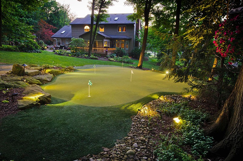 puttinggreen_bobandpetesfloors_golf_jackson